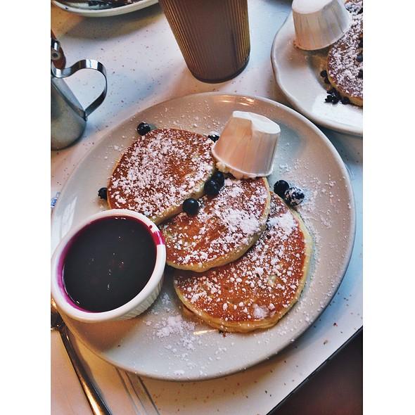 Blueberry Pancakes @ Pancake Pantry