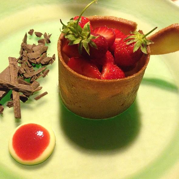 Strawberries With Chantilly Cream @ Locanda Vigna Ilaria