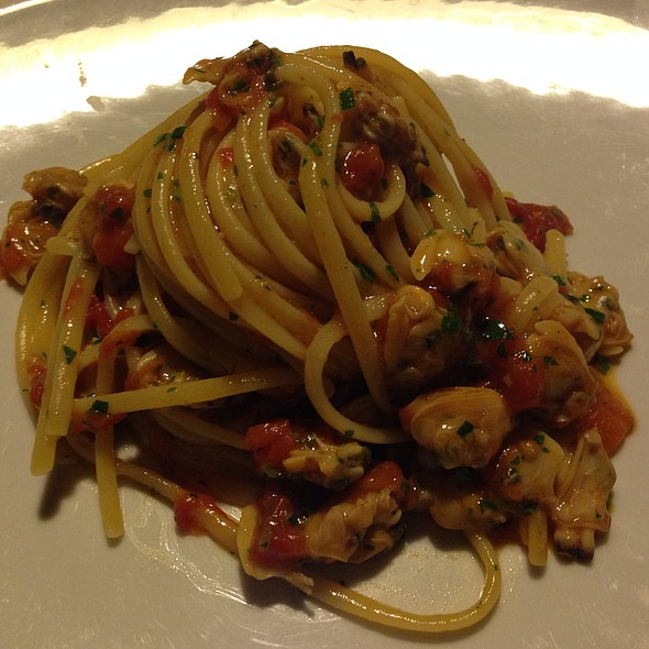 Linguini Pasta With Clams @ Locanda Vigna Ilaria
