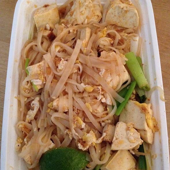Tofu Pad Thai - SAGE, Brooklyn, NY