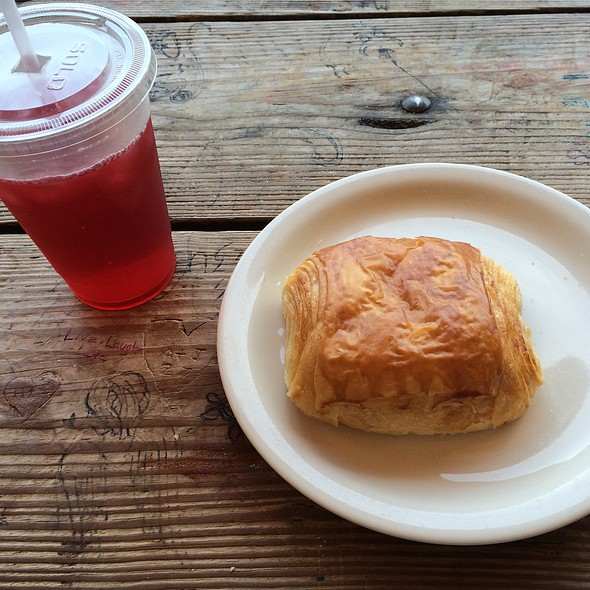 Chocolate Crossiant And Hibiscus Lemonade Tea