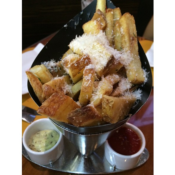 Truffle Parmesan Fries @ Gordon Ramsay BurGR