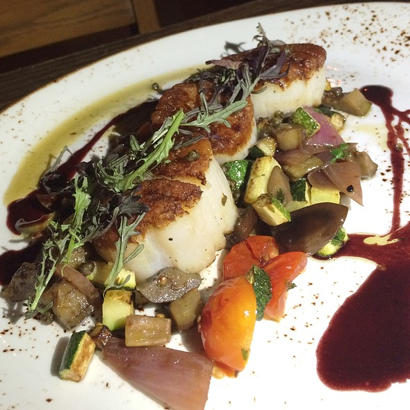 Seared Scallops @ The Gorbals