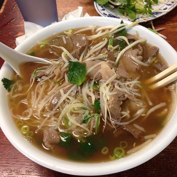 Pho tai vietnamese restaurant menu burien wa foodspotting - Vietnamese cuisine pho ...