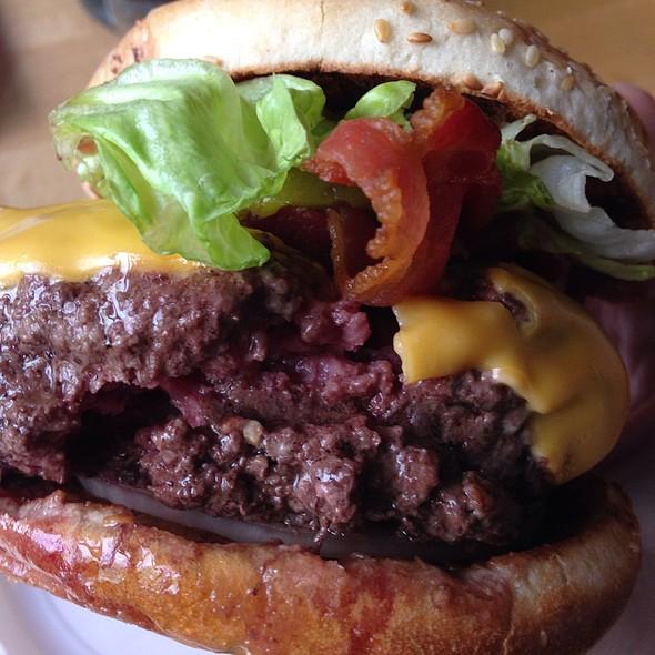 Bistro Burger @ Corner Bistro