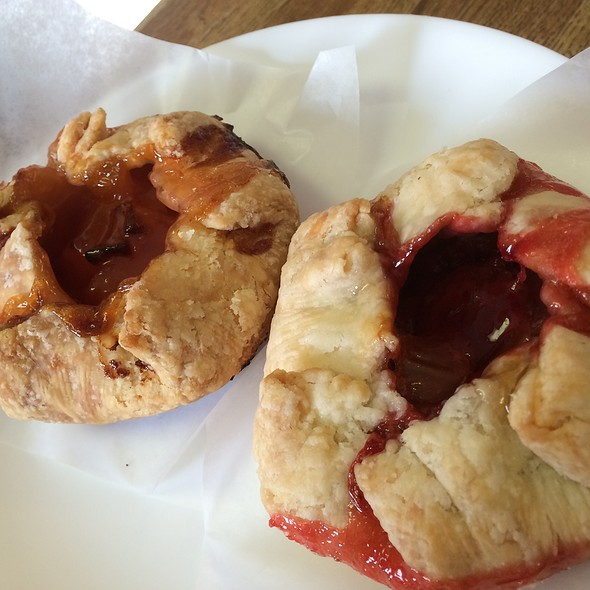 Peach Mango & Strawberry Rhubarb Pies