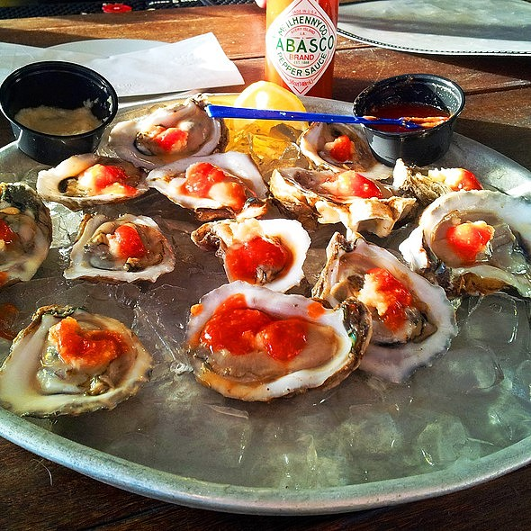 Happy Like A Room Without A Roof Oyster Hour @ Great Southern Cafe
