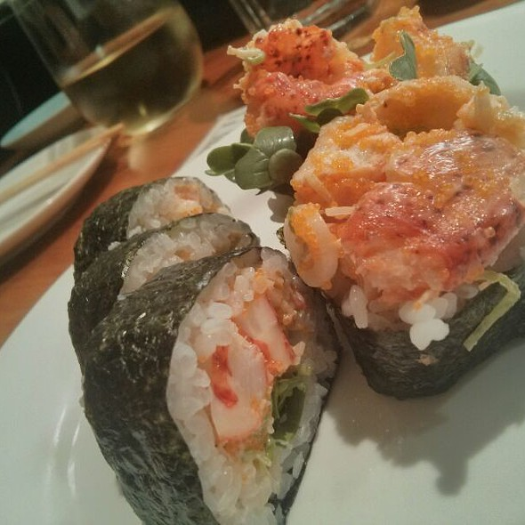 Spicy Lobster Roll @ 4 On 6 Sushi