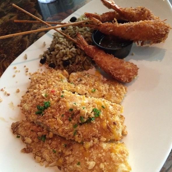 Nut Crusted Tilapia Fish, Coconut Shrimp & Caribbean Rice @ Rainforest Cafe