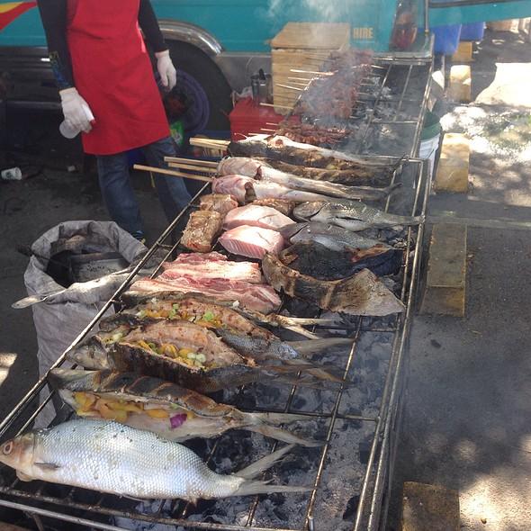 Ihaw Ihaw @ Legaspi Sunday Market