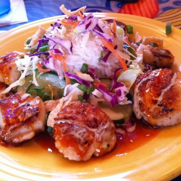 Scallops (Mama's Way)  @ Mama Kwan's Grill & Tiki Bar