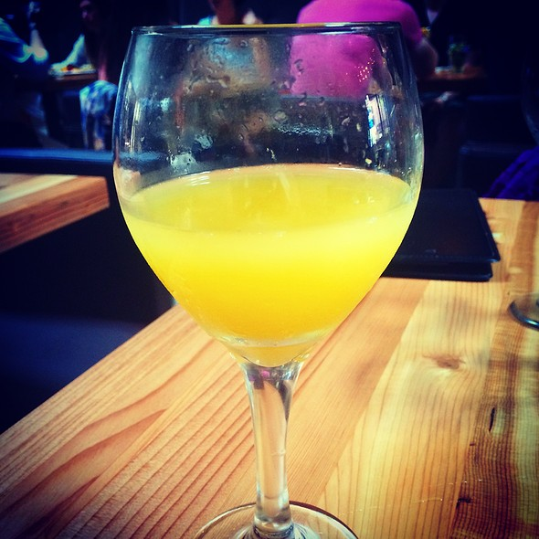 Bottomless Mimosas - Blackwood, San Francisco, CA