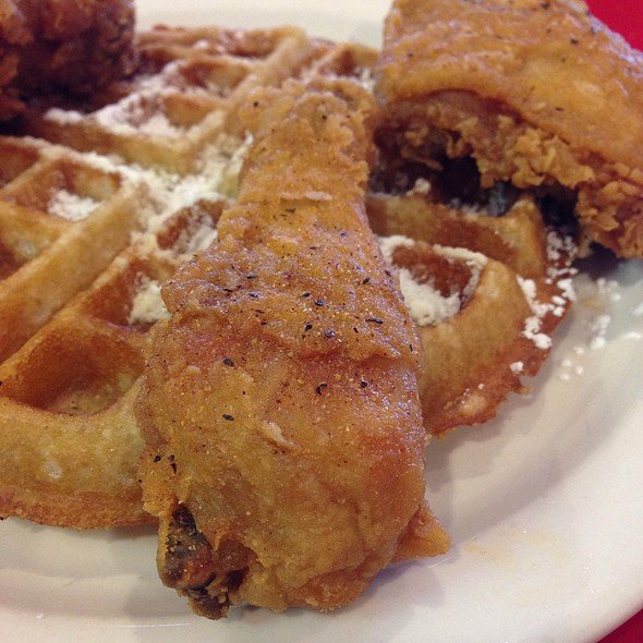 Chicken and Waffles @ Mr Wonderful's