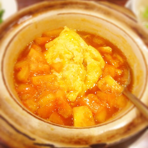 Vegetarian Claypot Tomato Eggs