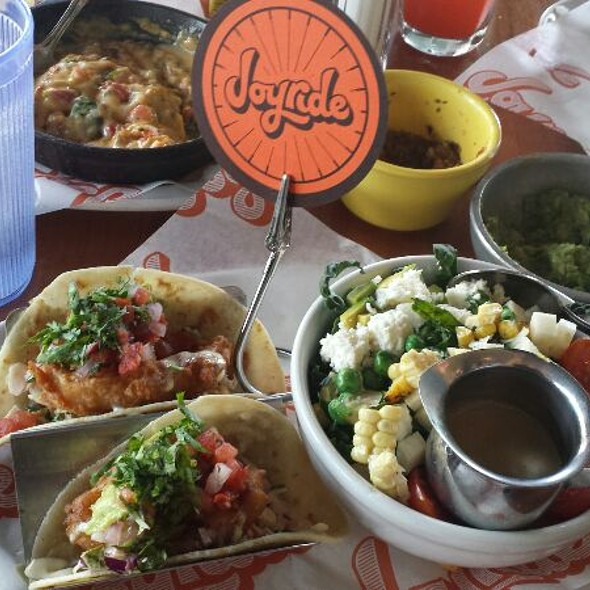 Shotgun Lunch Special @ Joyride Taco House