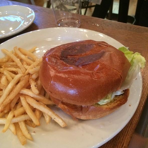 Kids Burger @ Adair Kitchen