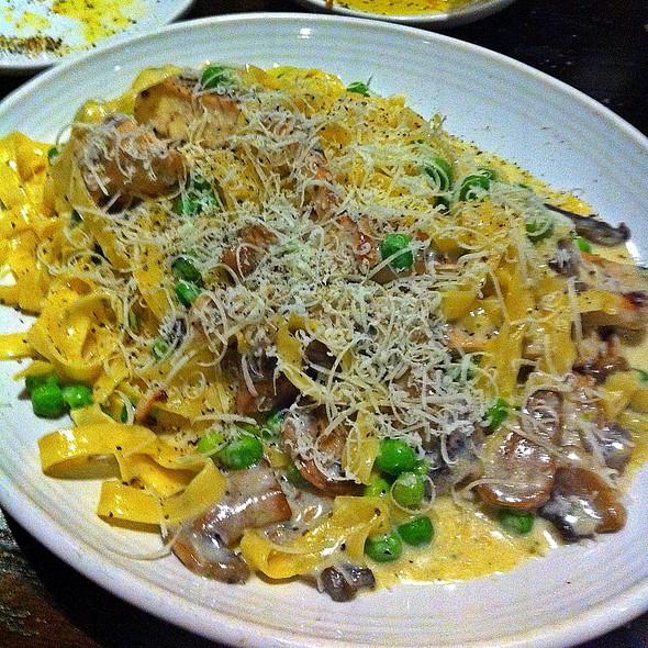 Fettucchini Carrabba @ Carrabba's Italian Grill