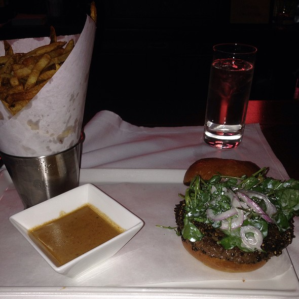 Burger Au Poivre - Raoul's, New York, NY