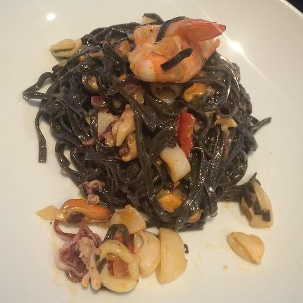 Black Tagiolini @ Sopranos Restaurant
