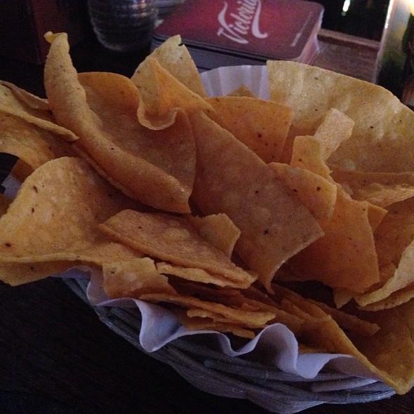 Tortilla  Chips Basket @ Casa Tina Gourmet Mexican And Vegetarian Cuisine