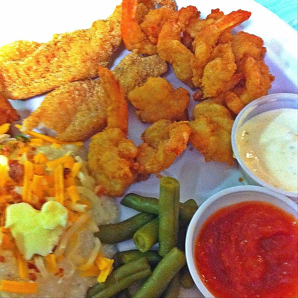 Fried Shrimp And Catfish @ Trent's Seafood