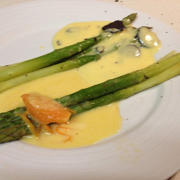 Green Asparagus With Black Truffles Hollandaise And Sauce Maltaise @ Z'graggen's Family Home