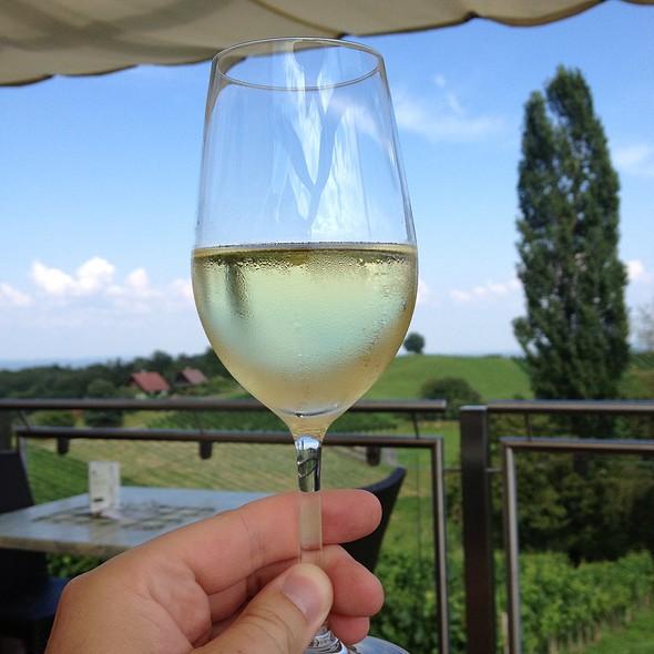 Chardonnay @ Weingut Tinnauer