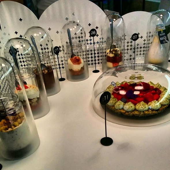 Cake & Kosmik @ Michalak