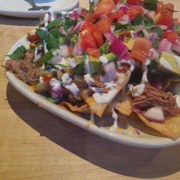 Nachos @ Stacked - Food Well Built