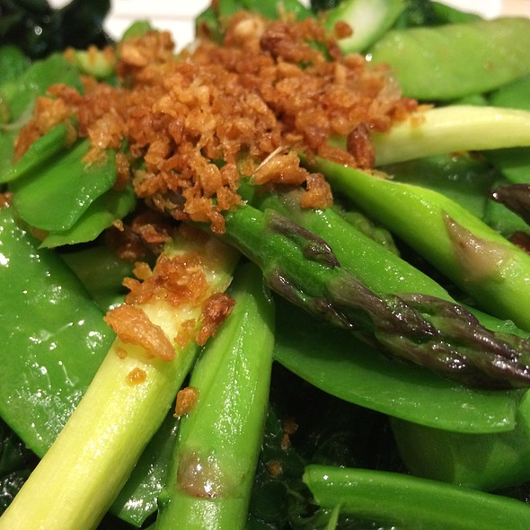 Mixed Green Vegetables In Garlic Sauce
