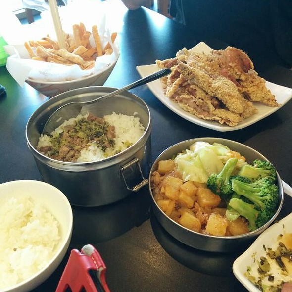 Lunch @ Class 302 Taiwanese Cuisine