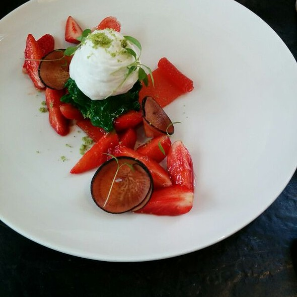 Strawberries and Cream @ Dessance