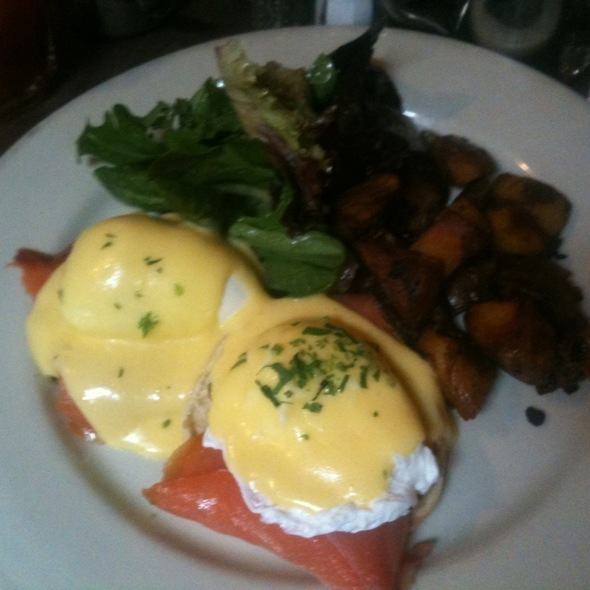 Poached Eggs Norwegian W/ Smoked Salmon @ Bar Tabac