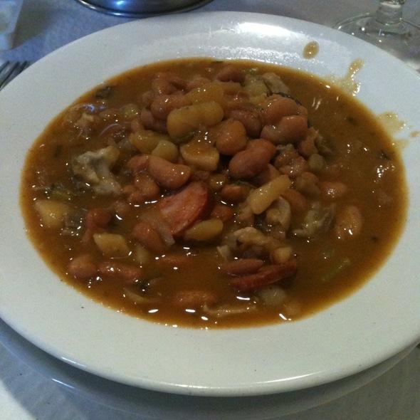 Sopa da Pedra @ Restaurante O Toucinho