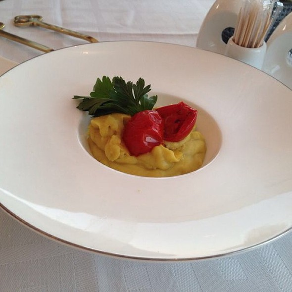 Fava With Sundried Cherry Tomato @ Astarte Suites