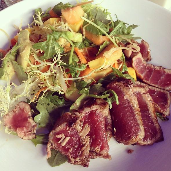 Ahi Tuna Salad - City Oyster & Sushi Bar, Delray Beach, FL