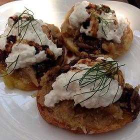 Burrata And Fennel Crostini