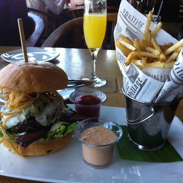 Kobe Beef Burger - Tantalum, Long Beach, CA