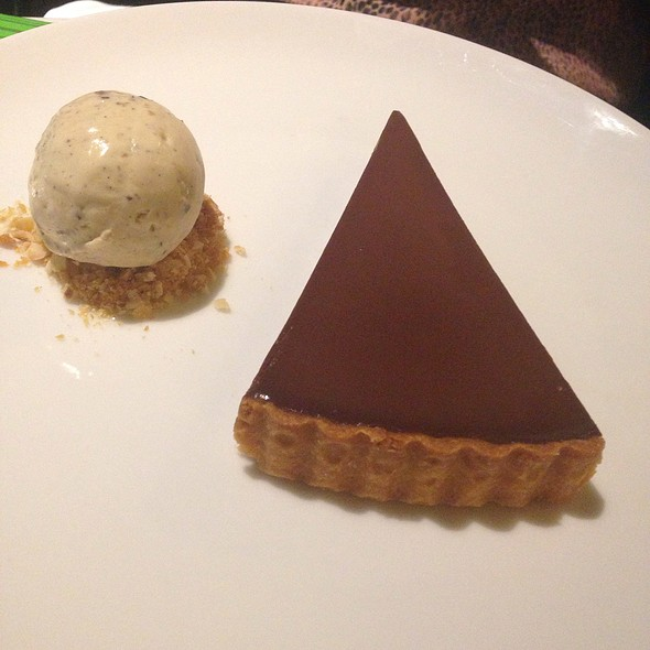 Chocolate Delice With Hazlenut Praline And Coffee Ice Cream @ Bistro Guillaume