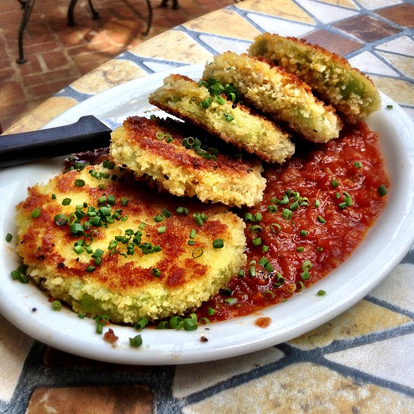 Fried Green Tomatoes @ Greenwood's On Green Street