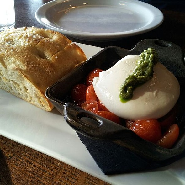 Burrata @ Paxti's Chicago Pizza