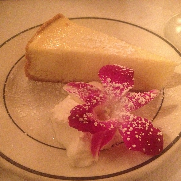 Cheesecake - London Lennies, Rego Park, NY
