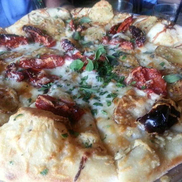 Potato Pizza @ Tiu Steppi's Osteria