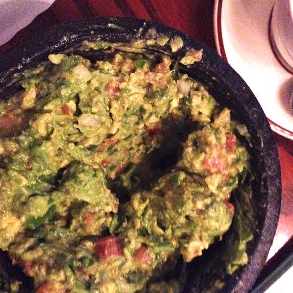 Tableside Guacamole - Mijares Mexican Restaurant, Pasadena, CA