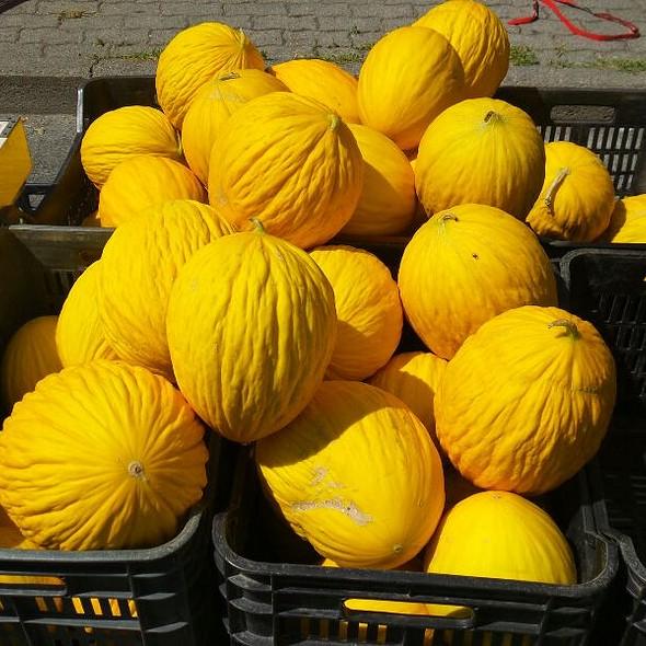 Meloni Di Pane @ Mercato del Sabato