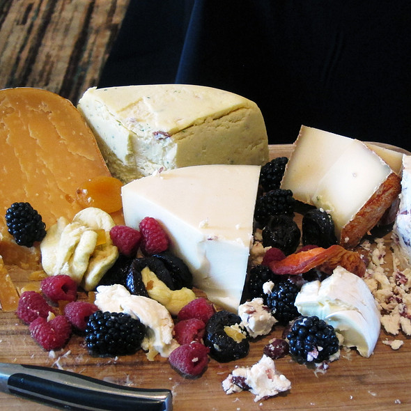 Cheese Platter - Aqua Star at The Westin Savannah Golf Resort & Spa, Savannah, GA