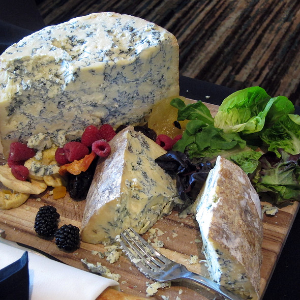 Blue cheese - Aqua Star at The Westin Savannah Golf Resort & Spa, Savannah, GA