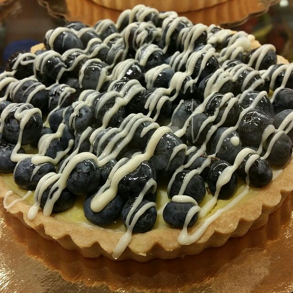 Blueberry Tarte @ Whole Foods Market - Cupertino