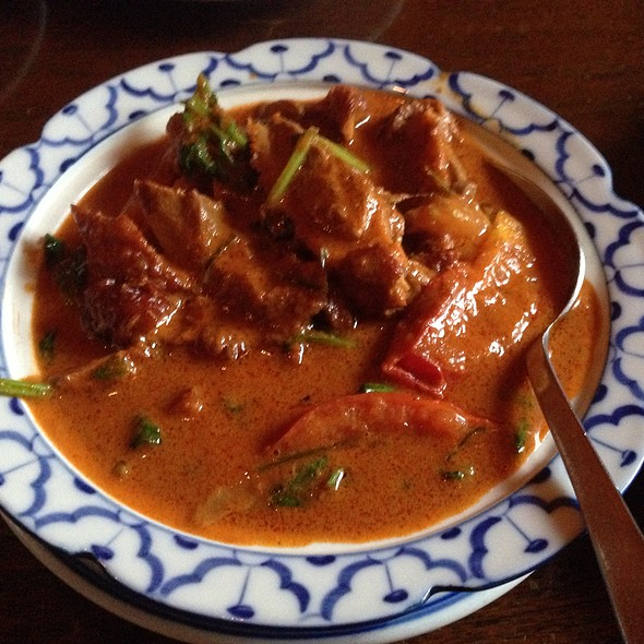 Gaeng Phet Ped Yang Curry - Khan Toke Thai House, San Francisco, CA