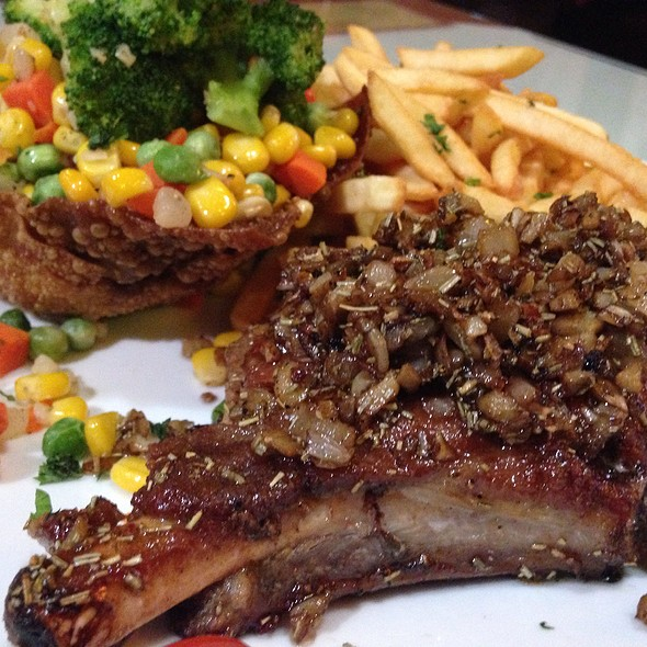 porkchops @ Da Mamma Restaurant-Pizza